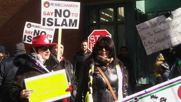 protest-masjid-toronto.jpg