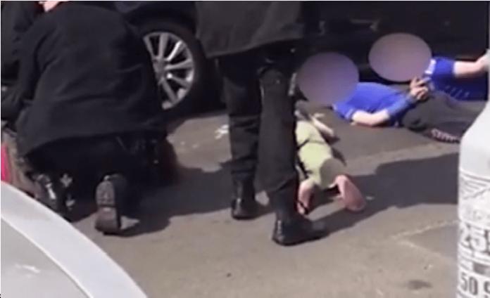 police-muslim-children-min-770x470.png