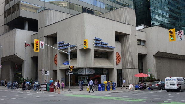 ottawa-public-library-central-branch-downtown-brutalist-brutalism.JPG